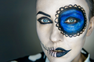 woman with halloween make up